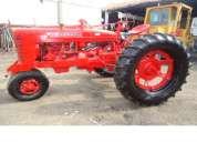 Vendo tractor farmall clasico funcionando