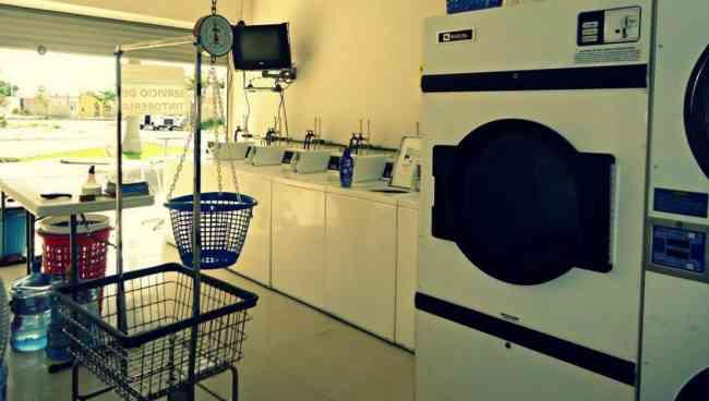 Oportunidad Traspaso lavanderia en funcionamiento