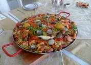 Paella gourmet mar y tierra para eventos para 60 personas