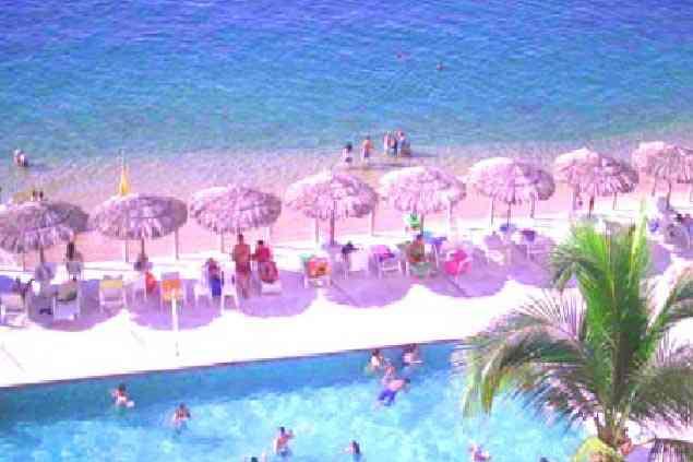 Bonito Departamento en Acapulco CON PLAYA a la Orilla del Mar, Albercas y Magnífica Vista