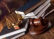 abogado. especializado en asuntos familiares y civiles