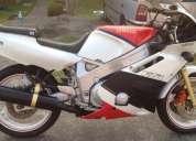 Vendo moto fzr 600 yamaha génesis -contactarse!