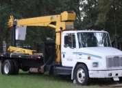 Excelente grua titan 9 tons camion internacinal