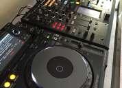 En venta 2x pioneer cdj-2000 nexus más 1 djm-2000 mezclador de nexus