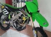 Vendo moto esta coml nueva -10