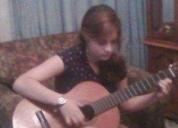 Se dictan clases de guitarra personalizadas a domicilio