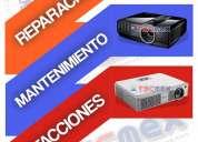 Servicios de reparación y mantenimiento a proyectores