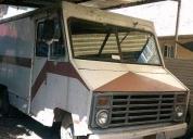 Excelente camioneta de tres y media toneladas