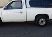Vendo pick up nissan hard body -1989