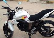 Excelente motocicleta suzuki gixxer -2016