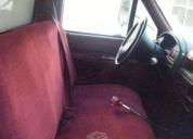 Excelente ford 350 caja seca funcionando muy bien   -92