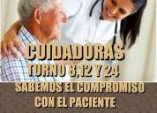 Personal de enfermeras y cuidadores a domicilio y en hospitales