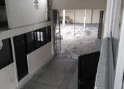 Bodega adecuada con dormitorios