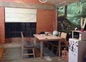 Rento Excelente terreno techado con 2 oficinas