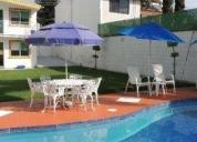 Excelente casa soleada con alberca y jardin