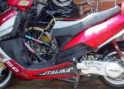 Excelente italika  2010