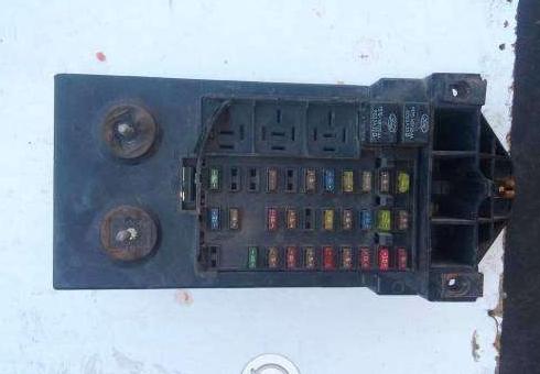 Caja modulo porta fusibles ford f150 Nicols Romero Doplim 325926