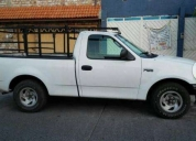 Excelente ford f150 6 cil -2006
