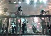 Grupo musical y sonido con karaoke