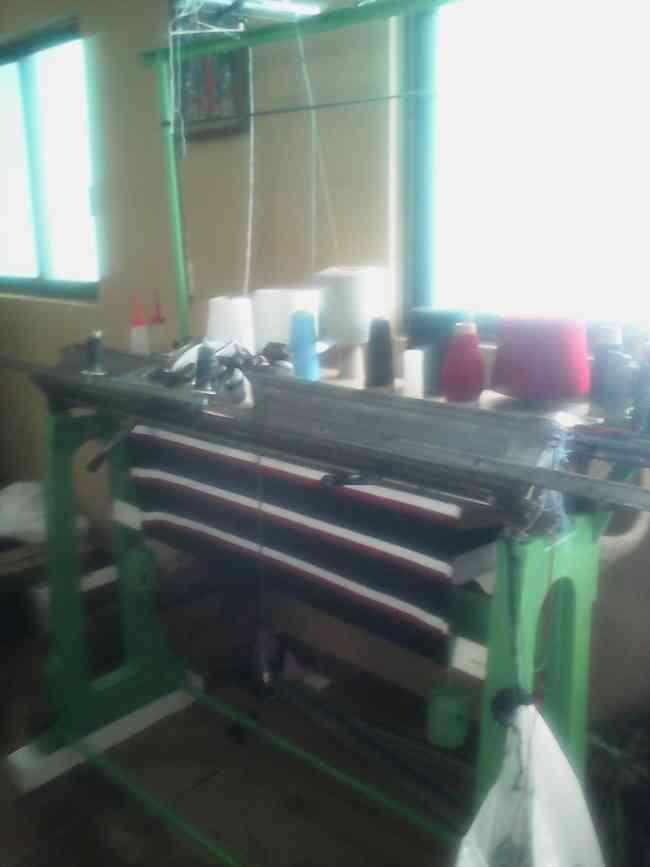 vendo maquina de tejer galga 10