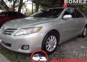 Toyota camry 2010 105000 kms