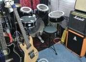 Excelente clases de guitarra, bajo y piano particulares