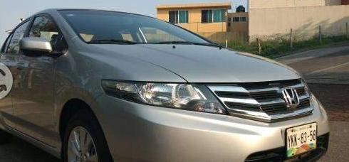 Excelente Honda City LX automatico unico dueño