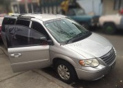 Chrysler town & country 2005 160000 kms