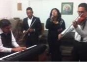 Grupo de soprano, violin y teclado para ceremonias religiosas