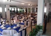 Salon escyan con banquete