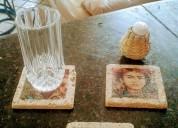 Portavasos en marmol travertino con impresion personalizada, en piedra natural souvenirs turisticos