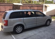 Chrysler town & country 2011 72000 kms