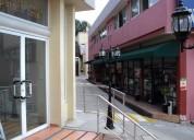 Local comercial tipo salón.
