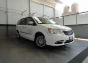 Chrysler town & country 2016 27546 kms