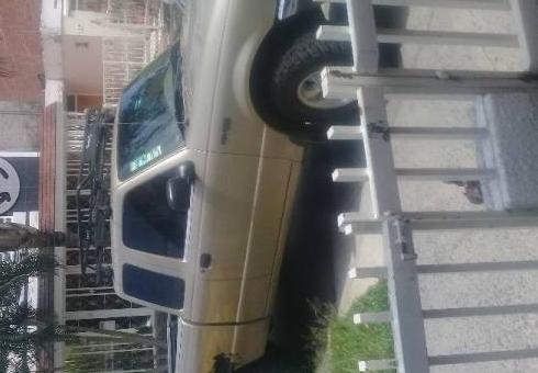 Excelente Ford  Ranger  -02