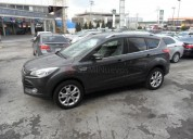 Ford escape limited 2016 9200 kms