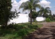 En venta terreno de 2500 m2 bardeado con bodega sal. a patzcuaro