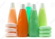 Arma kit de promocionales de shampoo y desodorante