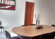 Sala de juntas con servicios