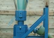peletizadora meelko 300mm pto para alfalfas y pasturas 500-620kg.