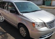 Chrysler town & country 2008 100000 kms