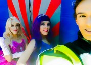 Divertido show de barbie princesa y estrella de pop