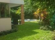 Playa del carmen casa de 2 niveles en venta con alberca privada 3 dormitorios 280 m2
