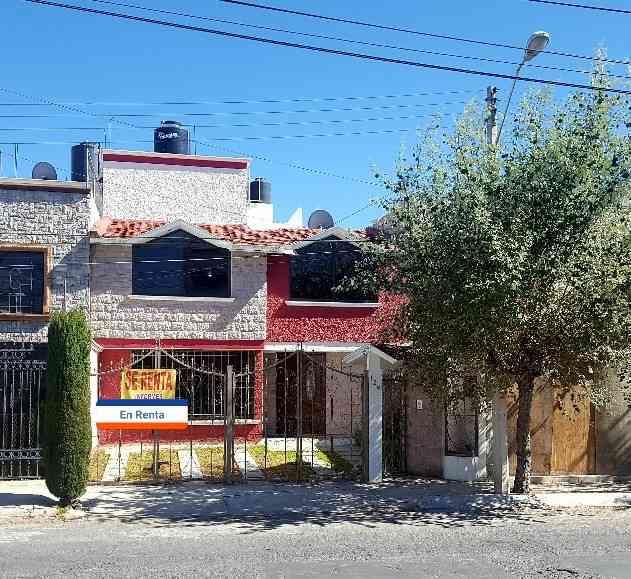 Gran Casa en Renta Valle de San Javier 4 Recámaras
