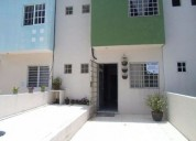 Se vende casa de 2 niveles con cocina ampliada en vista hermosa 2 dormitorios 85 m2