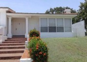 casa residencial en renta laguna de miralta 4 dormitorios 300 m2