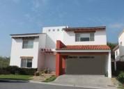 Casa en renta en zona carretera nacional club de golf la herradura, mo 4 dormitorios 600 m2