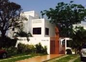 Se renta casa en privada con alberca y acceso a rÍo 3 dormitorios