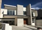 casa en venta en bosques del rejon con recamara en planta baja 4 dormitorios 560 m2