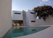 Casa en venta al norte de merida 3 recamaras piscina y dos plantas 3 dormitorios 320 m2